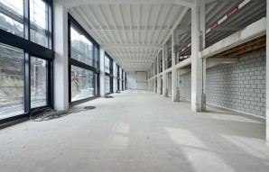 Gewerbeliegenschaft der Espace Real Estate AG an Solothurnstrasse 1 in Biel (Factory1). © Manu Friederich